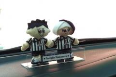 merchandise boneka juventus untuk hiasan dashboard mobil