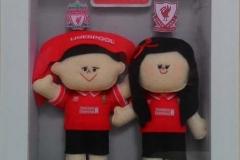 kado ulang tahun boneka couple jersey liverpool